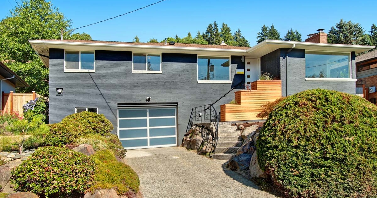 7722 46th Ave SW | Seattle